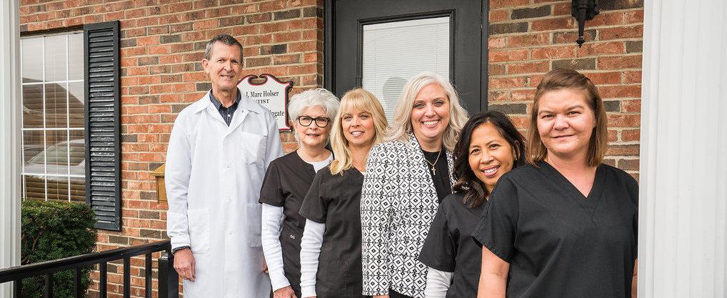 Dr Holser Team